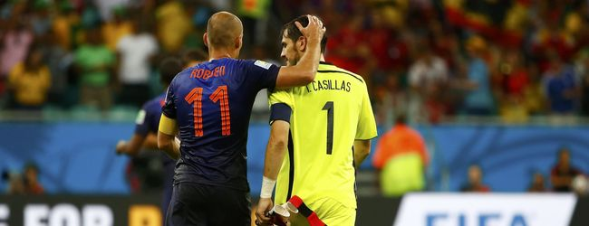 Robben Met Casillas - Flickr/Antoon Kuper