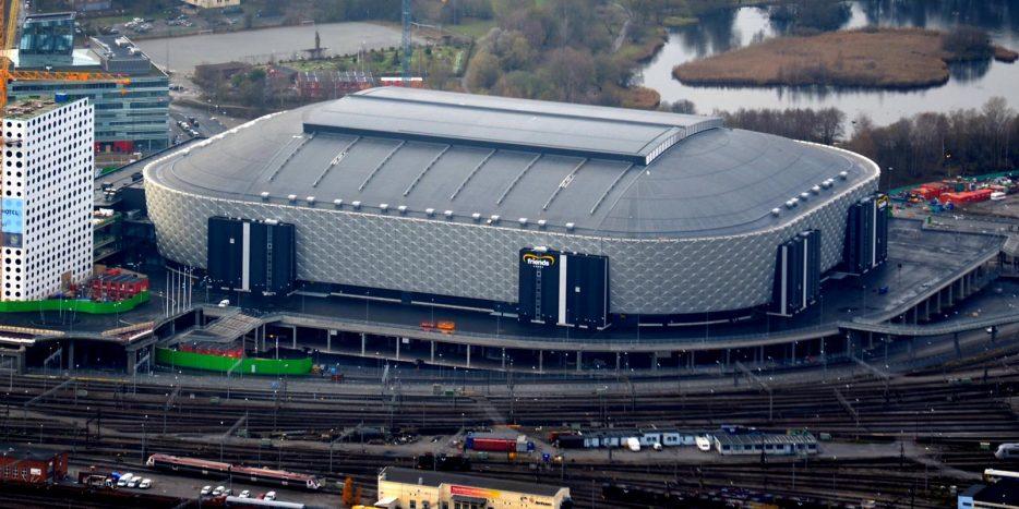 De afbeelding toont de Friends Arena in Solna